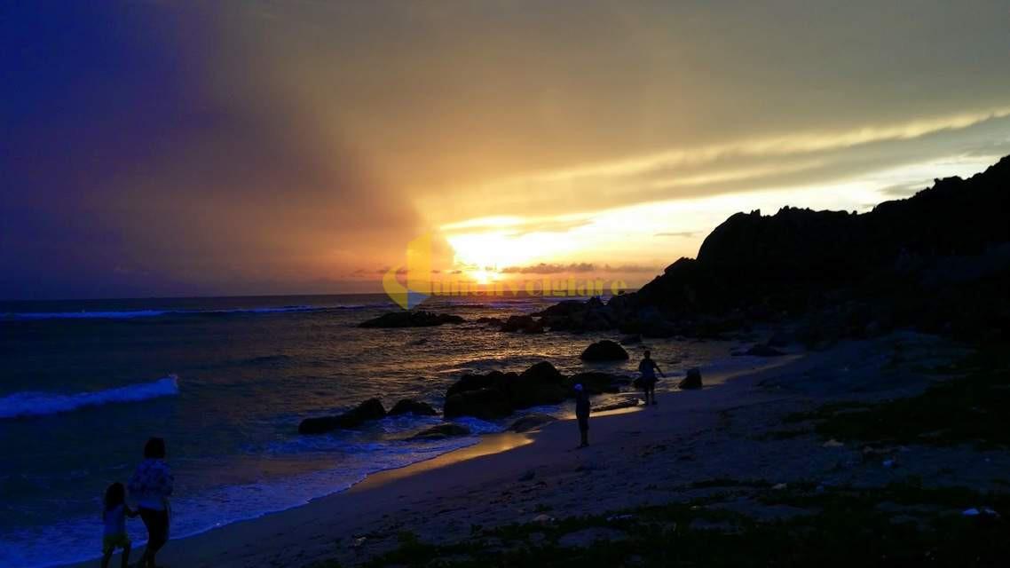 bình-minh 8 Địa Điểm Bạn Cần Biết Khi Du Lịch Đảo Bình Ba