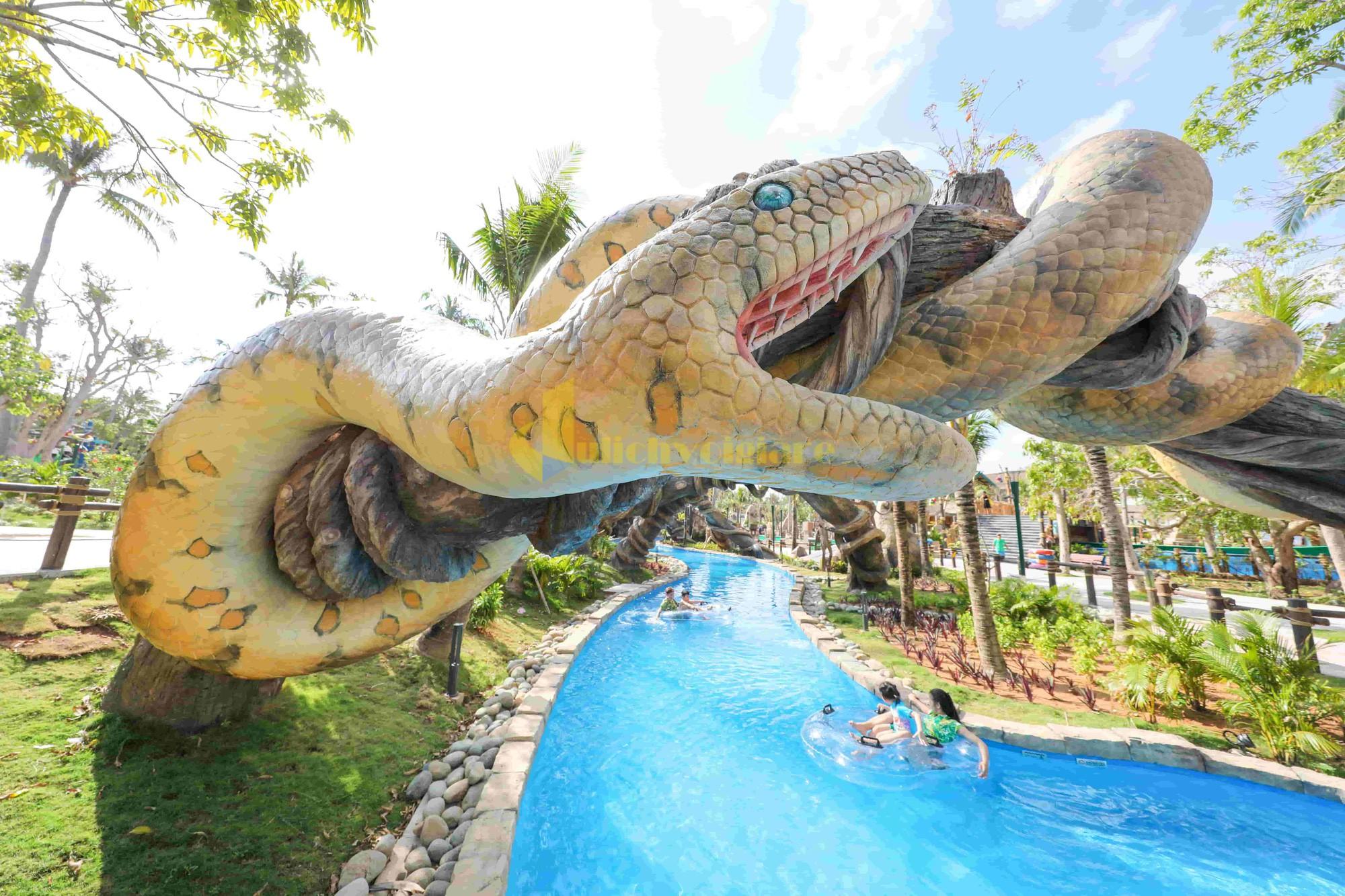cac-tro-choi-danh-cho-gia-dinh-day-thu-vi-tai-aquatopia-water-park-1577546553718180803738 10 hoạt động thú vị ở Sunworld Hòn Thơm Phú Quốc