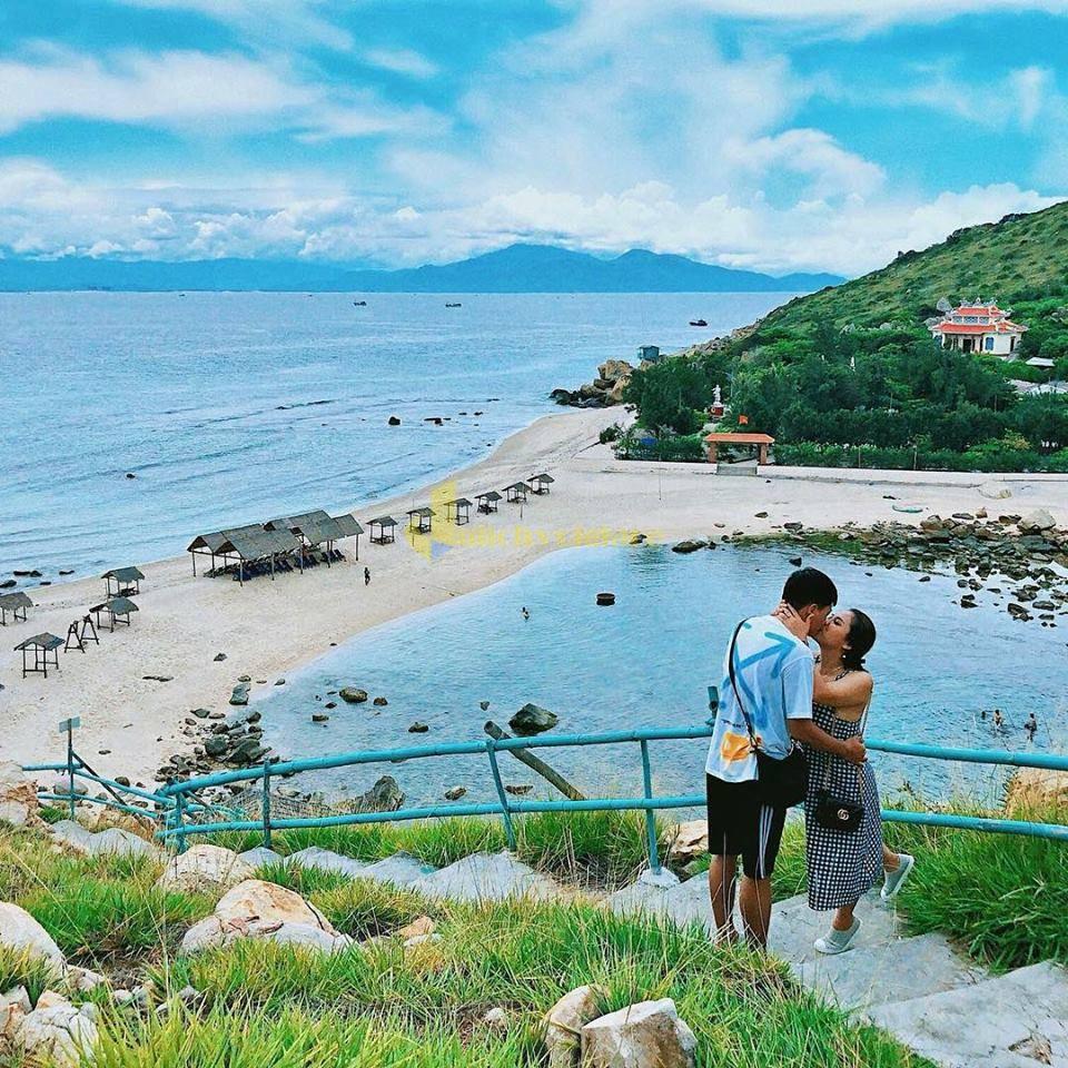 o-yến-hòn-nội Top 12 điểm check-in siêu xinh không thể bỏ lỡ khi du lịch Nha Trang