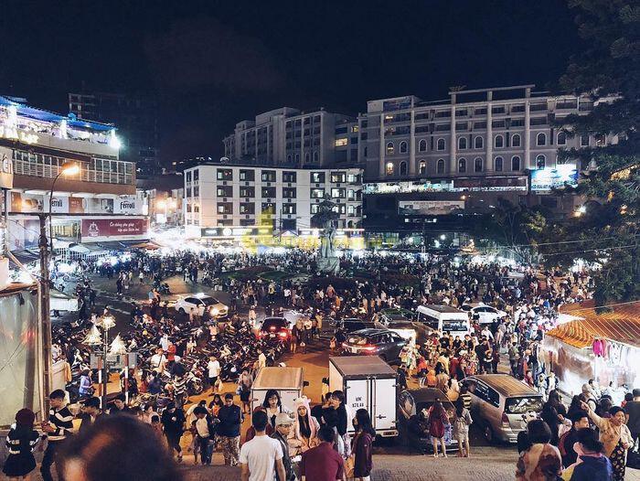 """3-2 """"Chợ Âm Phủ """" - 1 Địa điểm nổi tiếng nhất tại Đà Lạt"""