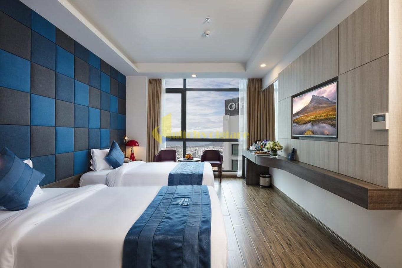 aaron-1 Top 10 Khách Sạn Đẹp Ngất Ngây Tại Nha Trang