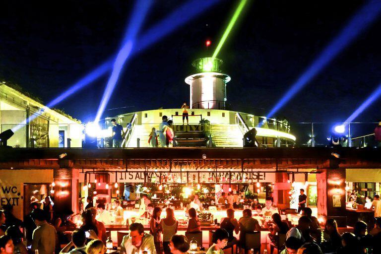 beach-club Bùng cháy tại Skylight - skybar cao & chất số 1 tại Nha Trang
