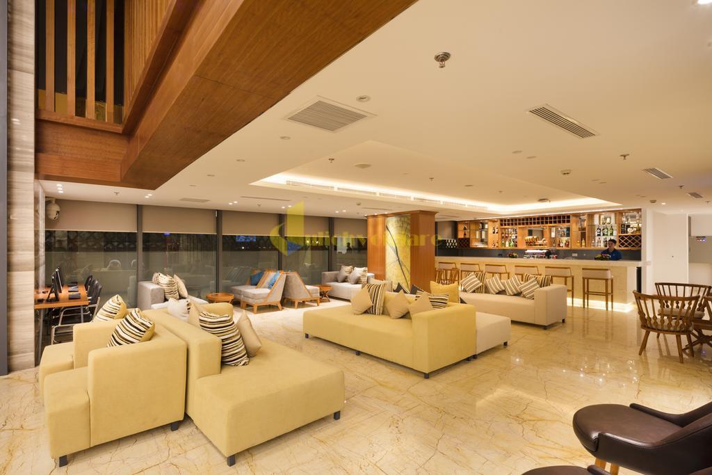 comodo-5 Top 10 Khách Sạn Đẹp Ngất Ngây Tại Nha Trang
