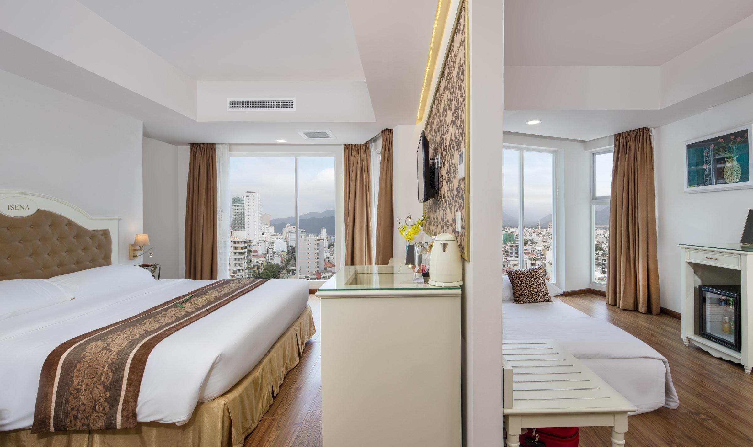 isena-2 Top 10 Khách Sạn Đẹp Ngất Ngây Tại Nha Trang