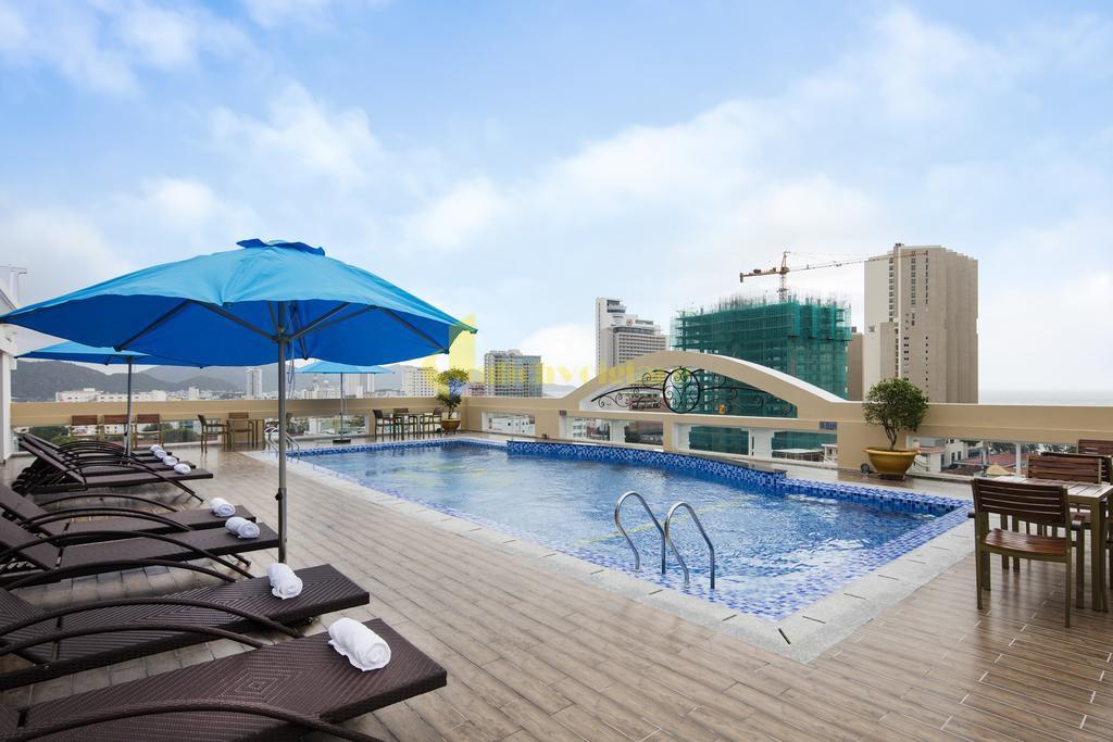 isena-5 Top 10 Khách Sạn Đẹp Ngất Ngây Tại Nha Trang