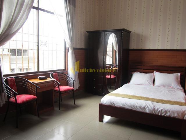 """khach-san-hai-uyen-gan-cho Top 24 """"Khách sạn 1-5*"""" gần Chợ Đà Lạt"""