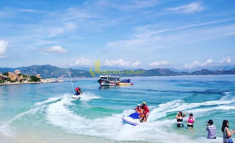 moto-nước Bình Ba - Quốc đảo Tôm Hùm Số 1 Khánh Hòa