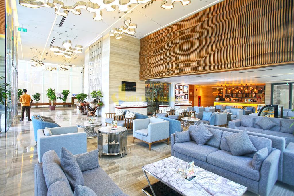queen-ann-1 Top 10 Khách Sạn Đẹp Ngất Ngây Tại Nha Trang
