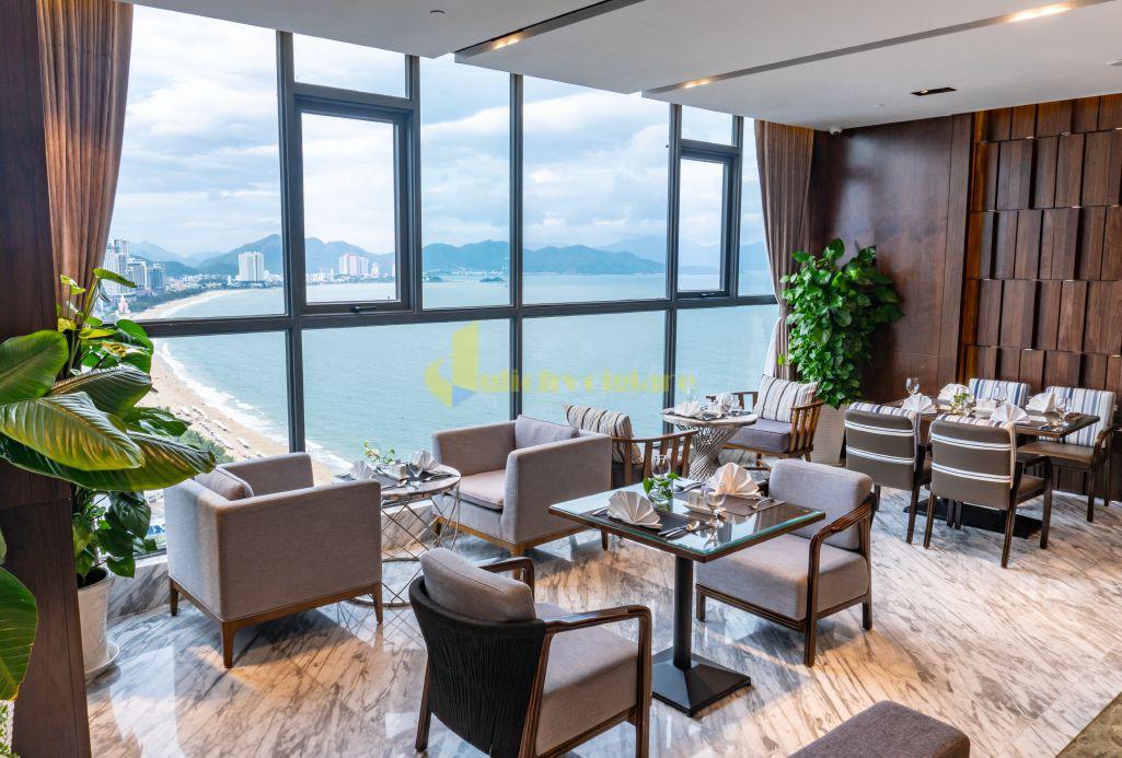 queen-ann-4 Top 10 Khách Sạn Đẹp Ngất Ngây Tại Nha Trang
