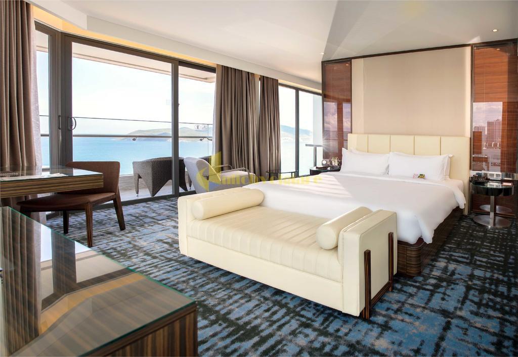 queen-ann-6 Top 10 Khách Sạn Đẹp Ngất Ngây Tại Nha Trang